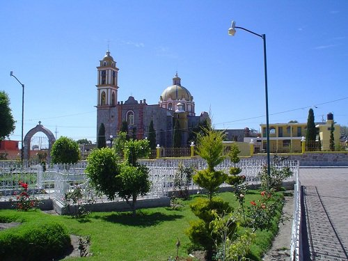 Paseo por Mexico Iglesia Santa Isabel Tepetzala en Acajete